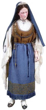 Реконструкция костюма древней карелки