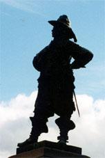 Памятник Перу Брахе губернатору Финляндии